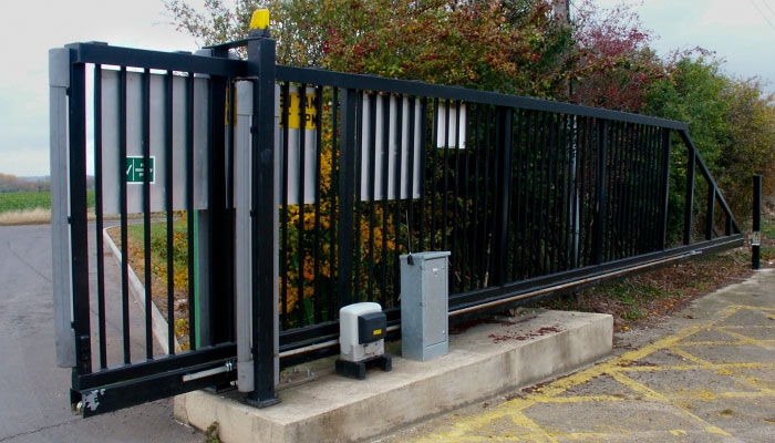 Powered gates and the newly amended BS EN 13241